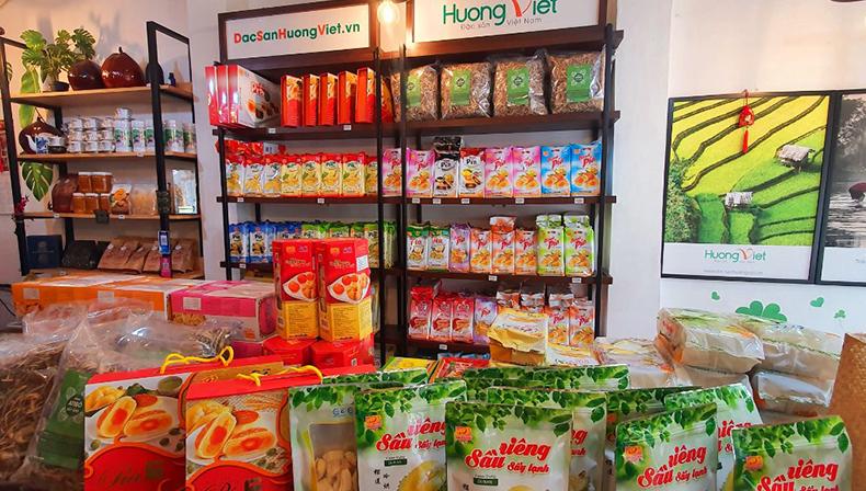 Cửa hàng Hương Việt chuyên cung cấp lạp xưởng